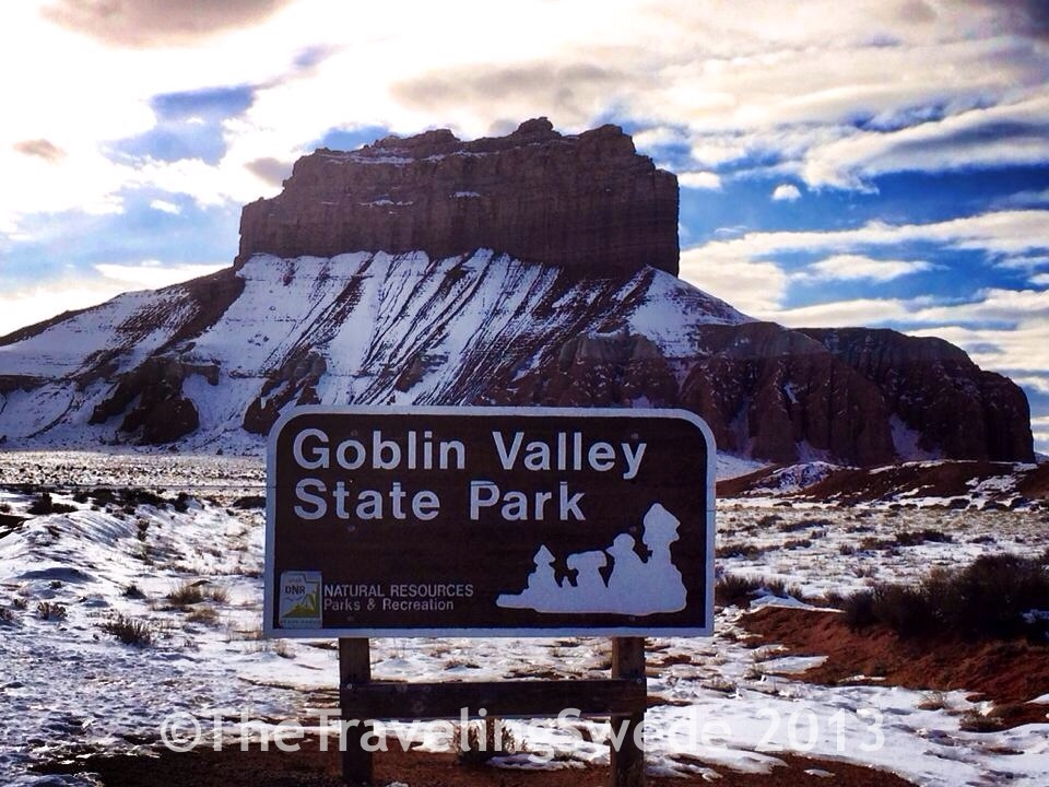 Even the entrance to Goblin Valley is breathtaking...