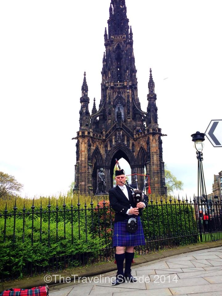 Scot, kilt and a bag pipe. Can't think of a better way to start of a day in Edinburgh...